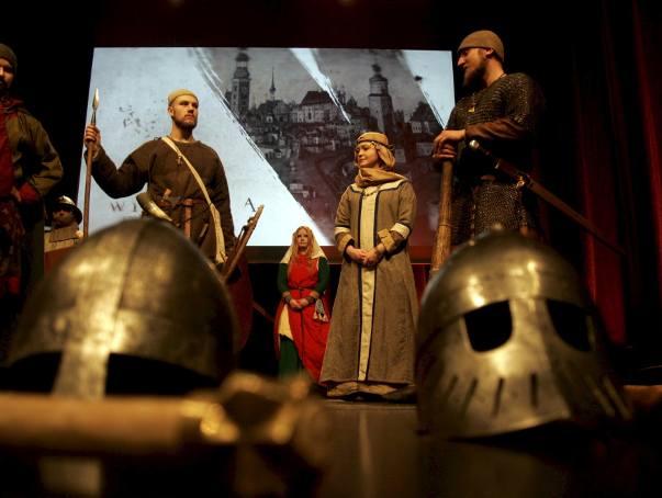 Drużyna Grodów Czerwieńskich o wojach i rycerzach w Teatrze Starym (ZDJĘCIA)