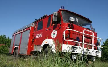 Wóz strażacki druhów z OSP Rzepin jest już bardzo wysłużony. GBA Star ma 44 lata
