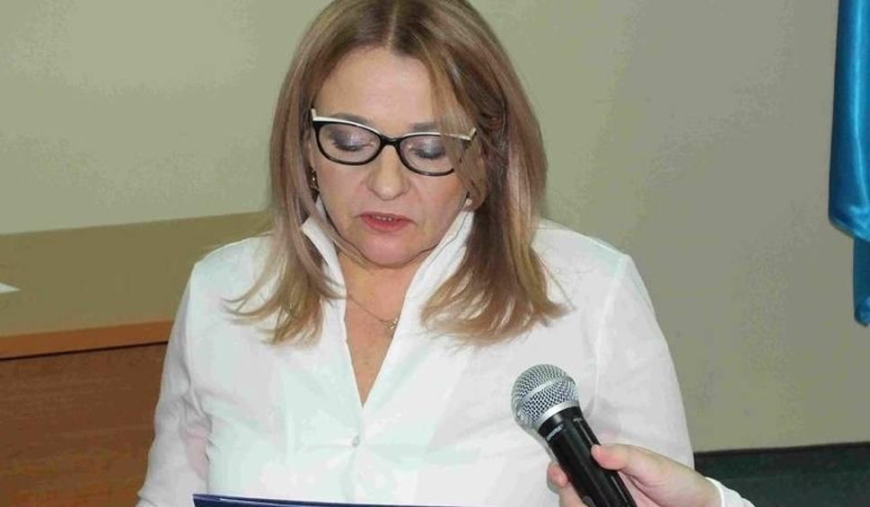 Film do artykułu: Rada Powiatu Starachowice. Próba odwołania przewodniczącej Bożeny Wrony