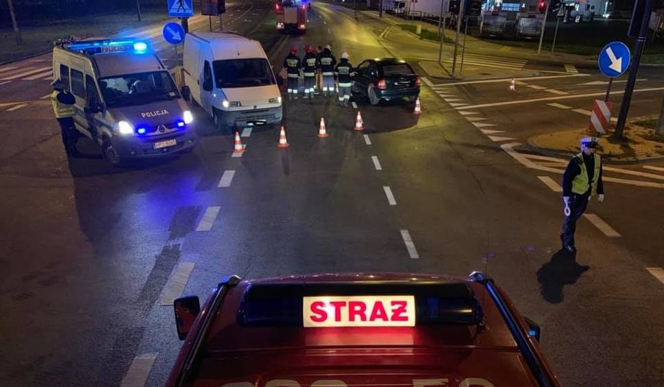 Film do artykułu: Wypadek na DK5. Jedna osoba ranna w zderzeniu na drodze z Osielska do Bydgoszczy [zdjęcia]