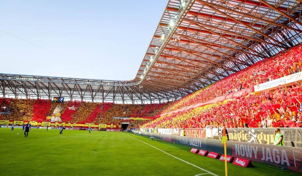 Film do artykułu: Ekstraklasa podzieliła pieniądze ze sprzedaży praw telewizyjnych [LISTA]