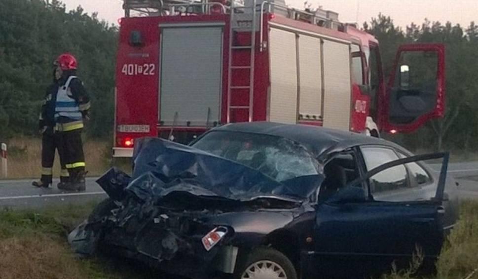 Film do artykułu: Wypadek w Skorzowie. Ciężarówka zderzyła się z mazdą
