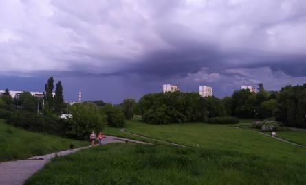 Niedziela w niektórych lubelskich powiatach zapowiada się burzowo