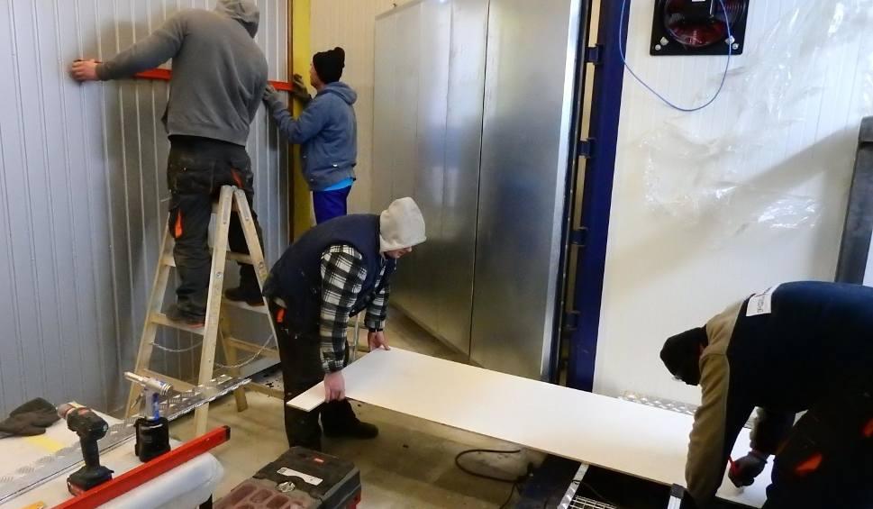 Film do artykułu: Pracodawcy coraz chętniej zatrudniają osadzonych. Zakład Karny w Kwidzynie współpracuje z 11 firmami z powiatu