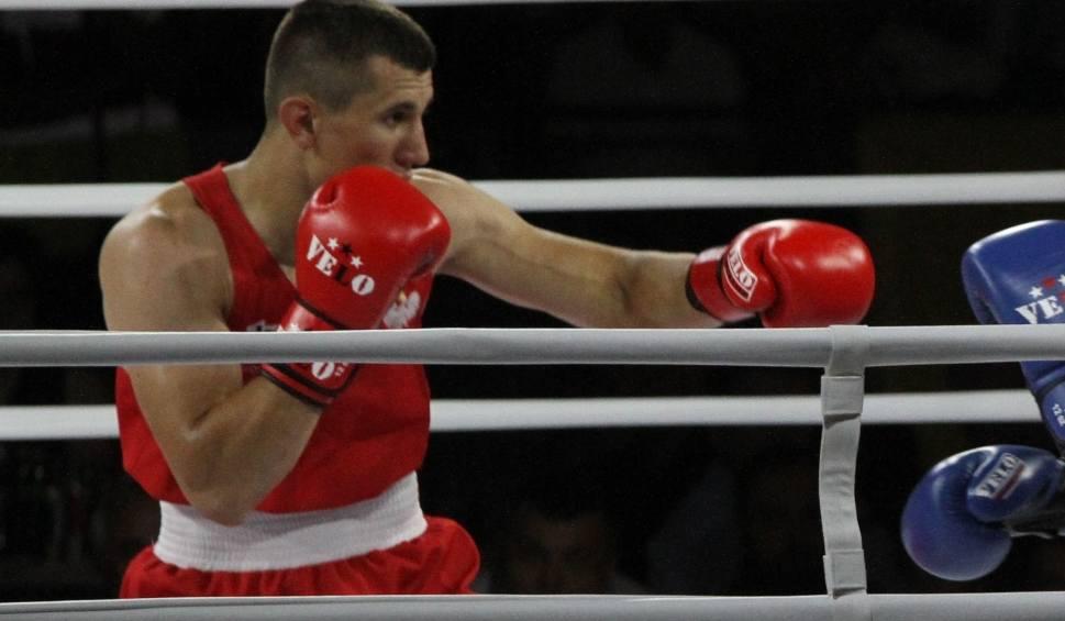 Film do artykułu: Bartosz Gołębiewski z Rushh Kielce rozbił rywala i awansował do finału Pucharu Polski w boksie