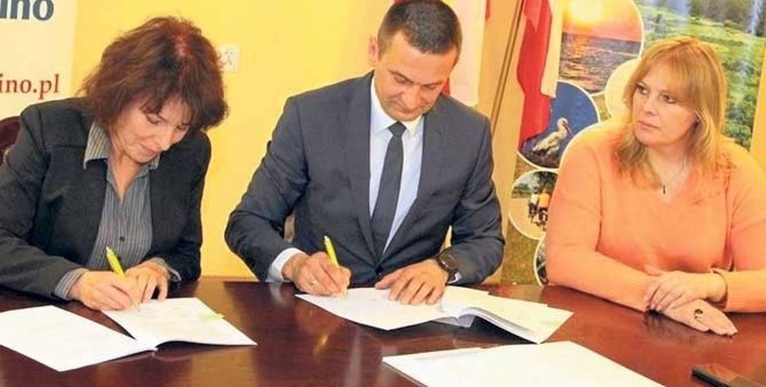 11 umów o dofinansowanie podpisano już w Urzędzie Gminy Postomino