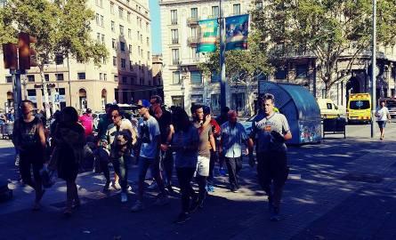 Zamach terrorystyczny w Barcelonie. Do ataku przyznało się Państwo Islamskie [ZDJĘCIA, WIDEO]