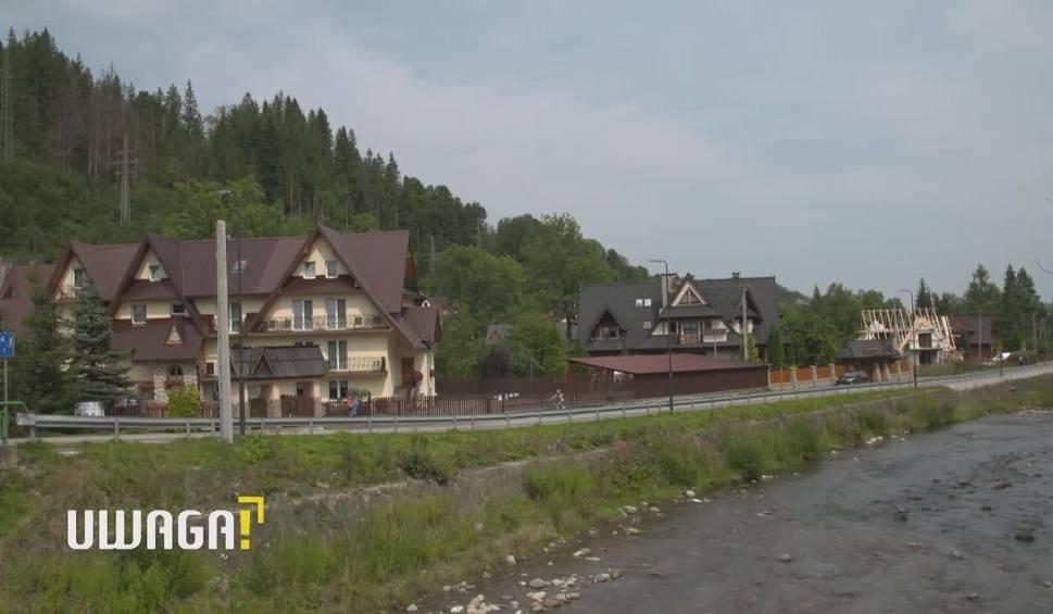 Film do artykułu: UWAGA! TVN 18.09 Zakopane: Wynajęli pokój w pensjonacie. Zostali zwyzywani i pobici przez właścicielki!