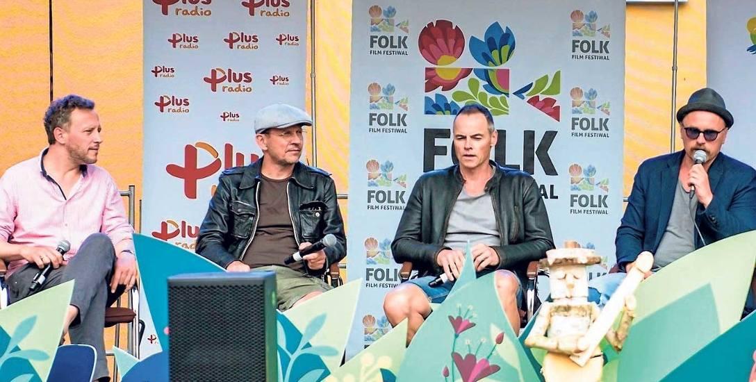 Od lewej: Andrzej Deskur, Bartłomiej Topa, Waldemar Błaszczyk i Piotr Nowak podczas spotkania z widzami przed spektaklem...