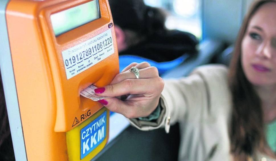 Film do artykułu: Kraków. Mieszkańcy i radni nie chcą likwidacji najtańszych biletów