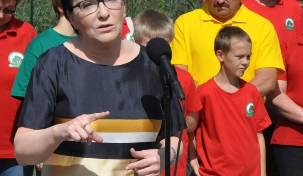 Film do artykułu: Ewa Kopacz pyta o aferę dębową w Wołczynie. Spotkanie w Kancelarii Premiera