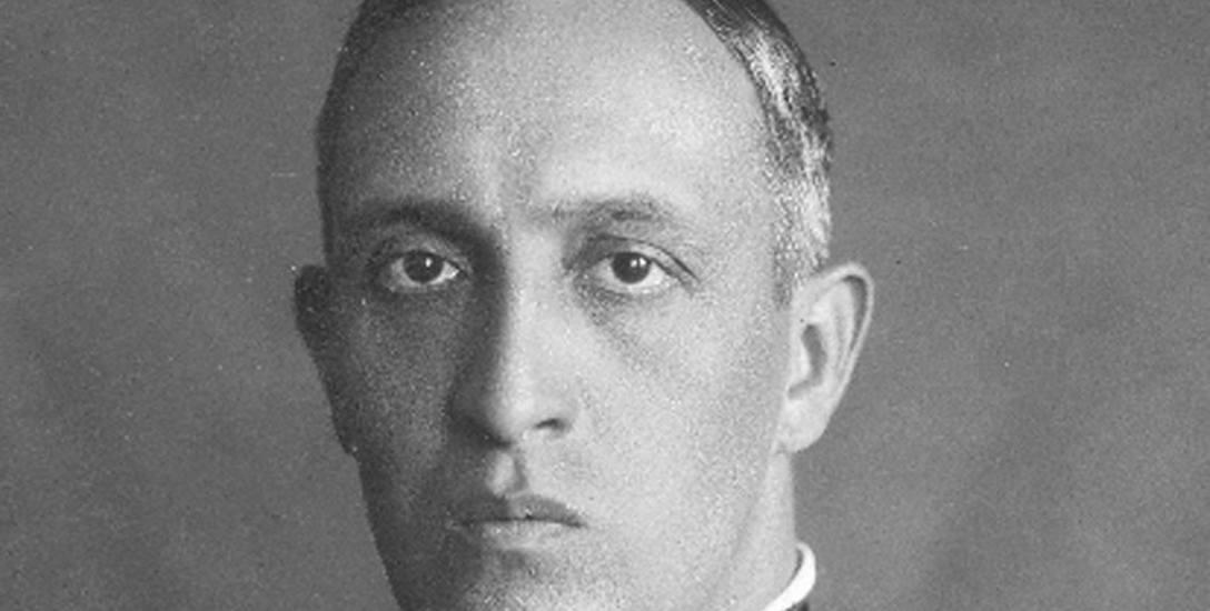 Gen. Gustaw Orlicz-Dreszer, jeden z najbliższych współpracowników Józefa Piłsudskiego, prezes LMiKParowiec Poznań w porcie gdyńskim. W 1934 r. statek
