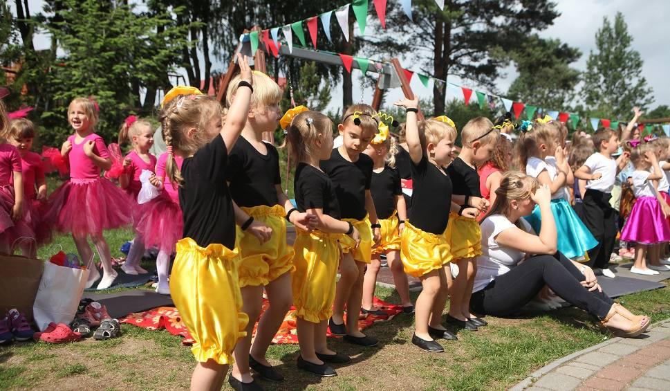 Film do artykułu: Letni konkurs taneczny przedszkoli we Włynkówku