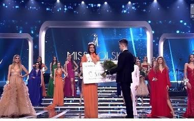 Wiktoria Ciochanowska z Łomży podczas konkursu Miss Polski 2020 zdobyła tytuł II Wicemiss Polski 2020 i Miss Widzów Polsatu