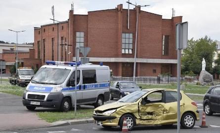 Jeden z wypadków na nieszczęśliwym skrzyżowaniu - 2016 rok