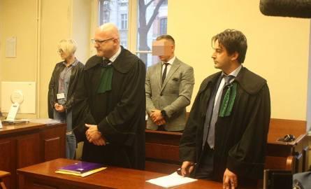 Sąd Okręgowy w Katowicach skazał  oskarżonego Tomasza G. na 1 rok i 8 miesięcy pozbawienia wolności