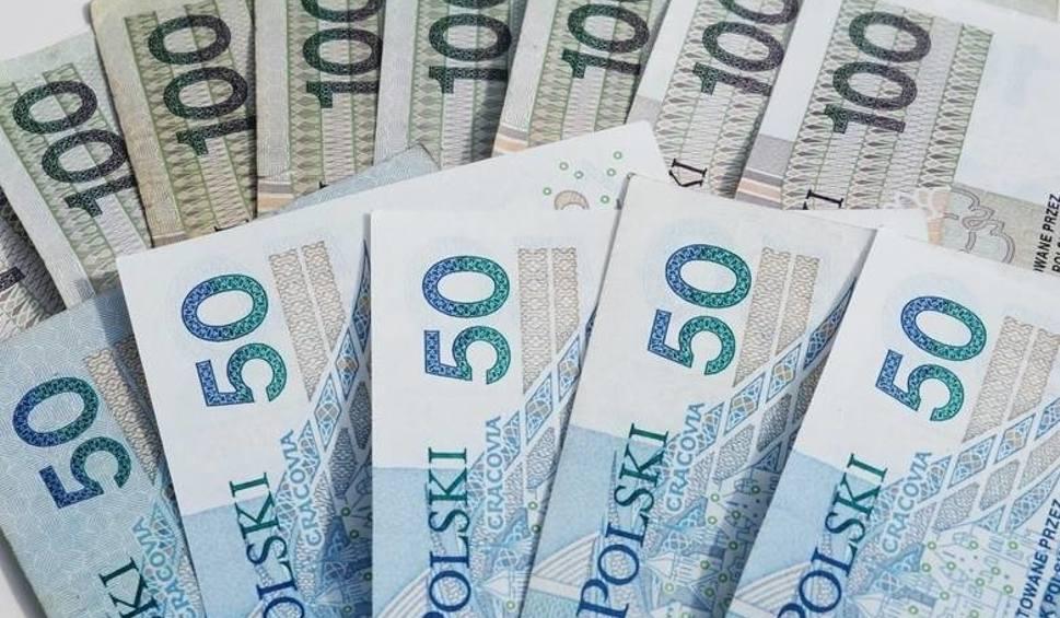 Film do artykułu: 500 PLUS zniknie. Świadczenie 500 plus. To ostatnie wypłaty 500 plus?! Do kiedy 500 plus będzie wypłacane? [12.12.2019]