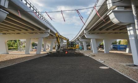 Przebudowa estakady katowickiej dobiega końca. Zakończenie robót budowlanych zaplanowano na 20 listopada tego roku. Kolejny etap przebudowy estakady