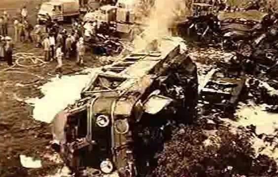 """Kadr z filmu """"Uciekająca lokomotywa"""""""