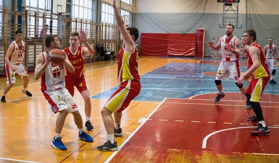 Film do artykułu: Koszykówka. Wysokie zwycięstwo Tura Basket Bielsk Podlaski na zakończenie sezonu zasadniczego (wideo)