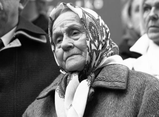 Marianna Popiełuszko z domu Gniedziejko (ur. 7 listopada 1920 w Grodzisku, zm. 19 listopada 2013 w Białymstoku) – polska rolniczka. Matka Jerzego Popiełuszki,