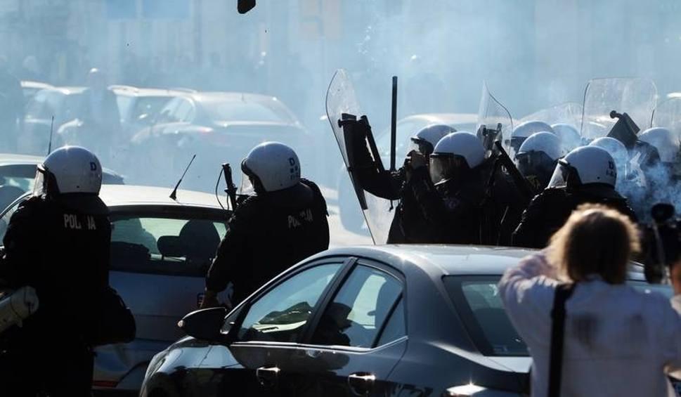 Film do artykułu: Marsz Równości w Lublinie. Prokuratura postawiła zarzuty m.in. za pobicia, wybryki chuligańskie i znieważanie policjantów