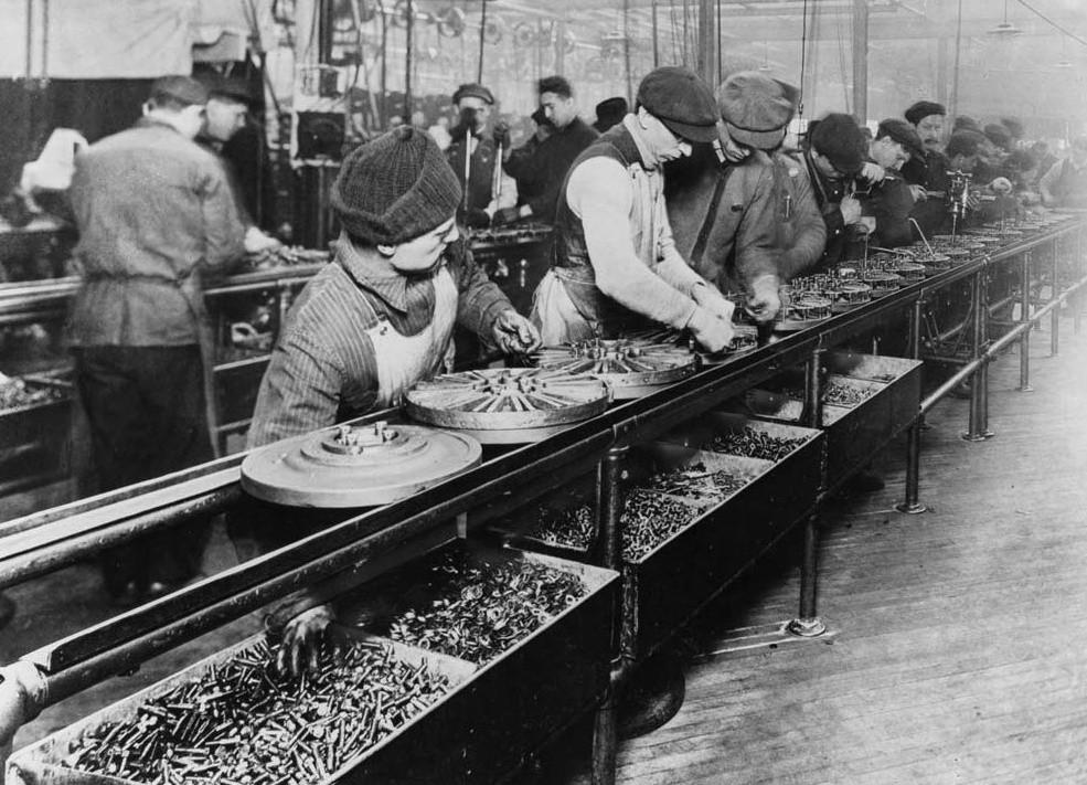 Linia produkcyjna Forda w 1913 roku