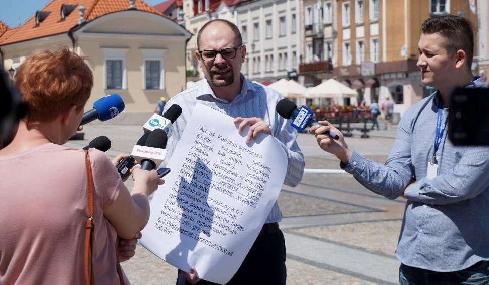 Film do artykułu: Marcin Sawicki z Konfederacji: Zakazać Marszu Równości w Białymstoku. Bo uczestnicy będą się obnażać [WIDEO, ZDJĘCIA]
