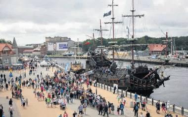 Turyści wypoczywający w Ustce to zazwyczaj rodziny z dziećmi, które nie są zainteresowane dyskotekami. Najczęściej wspominali statek Dragon, ale to nie