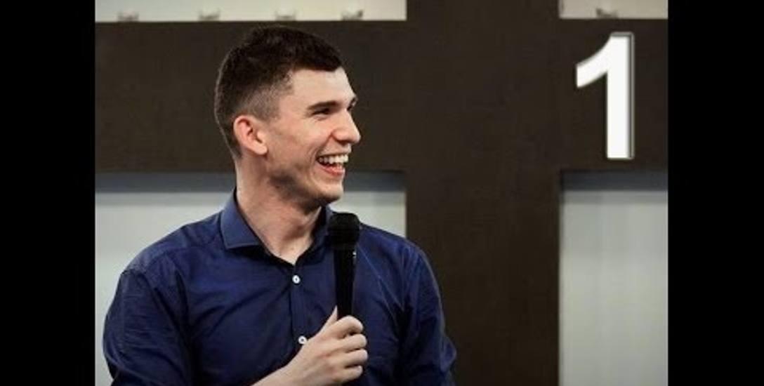 """Felietony charyzmatyka ze Skierniewic. Marcin Zieliński pisze do tygodnika """"ITS"""""""