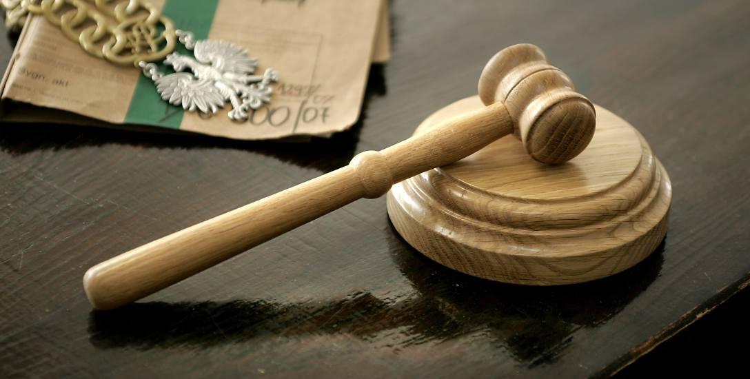 Słupski sąd okręgowy aresztował policjanta za śmiertelne pobicie