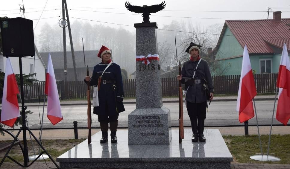 Film do artykułu: Wielka uroczystość patriotyczna w Olesznie. Odtworzyli pomnik niepodległościowy sprzed 90 lat