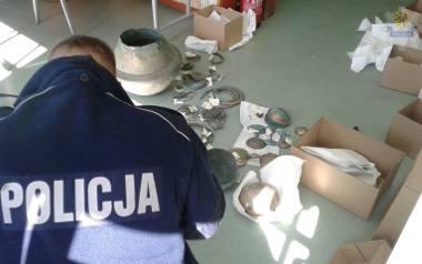 Policjanci po wkroczeniu do muzeum w Koszalinie ogłosili sukces w poszukiwaniach skarbu