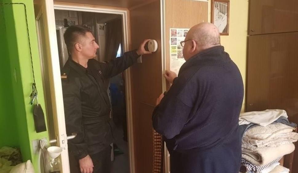 """Film do artykułu: Starachowice. Trwa akcja strażaków """"Czujka na straży twojego bezpieczeństwa"""""""
