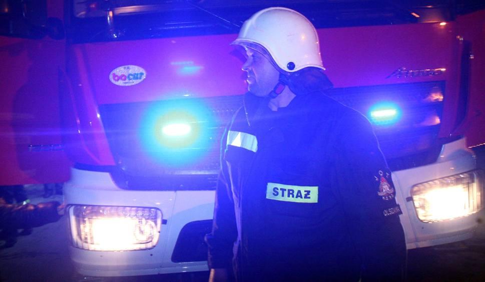 Film do artykułu: Jest bardzo ślisko! Wypadek zablokował drogę wojewódzką Kasina Wielka - Wieliczka