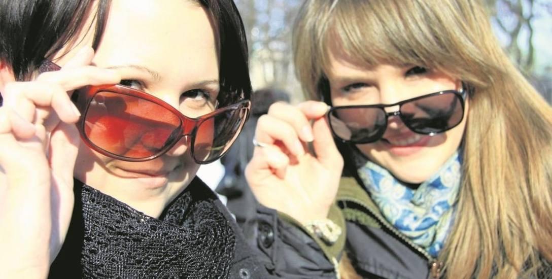 Przeciwsłoneczne okulary powinny być nie tylko modne...