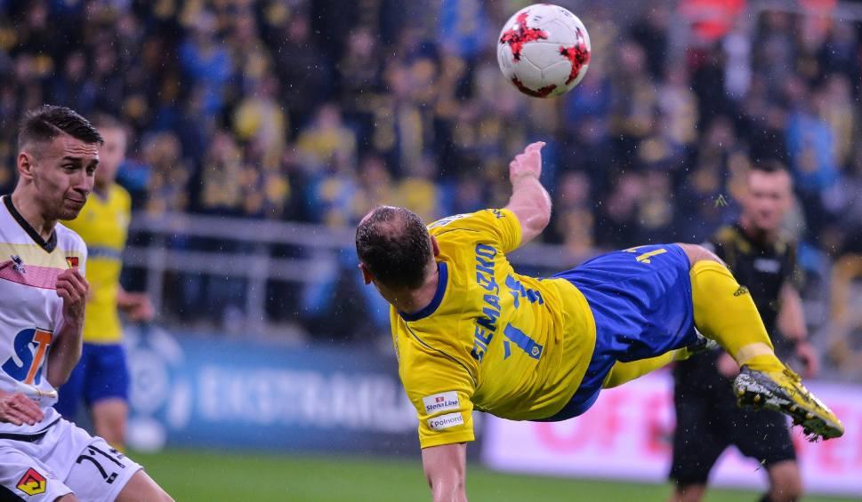 Film do artykułu: Lotto Ekstraklasa. Arka zagrała z głową. Jagiellonia rozbita w Gdyni [ZDJĘCIA]
