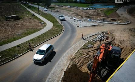 Budowa trasy S6 na finiszu. Kiedy dojedziemy ze Szczecina do Koszalina? [WIDEO, ZDJĘCIA]