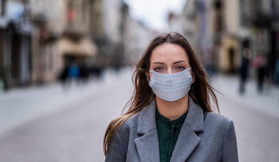 Film do artykułu: Koronawirus w Polsce. Kolejny przypadek? MAPA Ministerstwo Zdrowia ostrzega. Ruszyła specjalna strona internetowa. Numer na infolinię