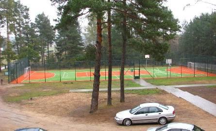 W gminie Ostrów Mazowiecka nie buduje się ORLIKÓW. Tam buduje się JASTRZĘBCE.