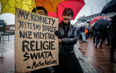 Czarny Protest odbył się 3 października  w wielu miastach w Polsce