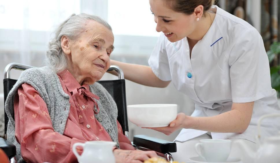 Film do artykułu: Raport NIK jest druzgocący: na alzheimera choruje ok. 100 tys. mieszkańców regionu