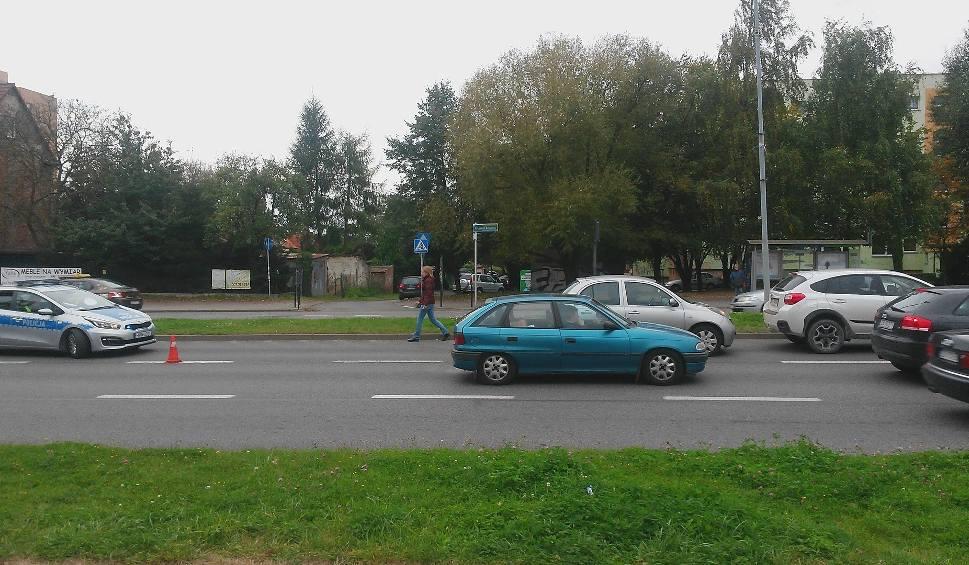 Film do artykułu: Dwa samochody zderzyły się na ul. Przyjaciół Żołnierza
