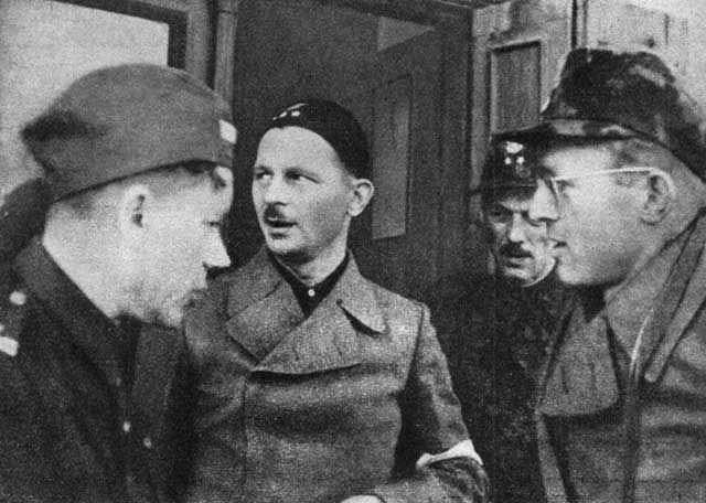 Członkowie Kedywu w czasie powstania warszawskiego.