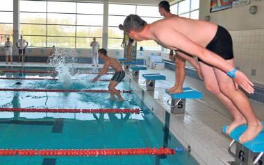 W tym roku szczecinecka pływalnia obchodzić będzie 18. urodziny. Od kilkunastu lat miasto płaca lekcje pływania dla uczniów, dzięki temu łączy pożyteczne