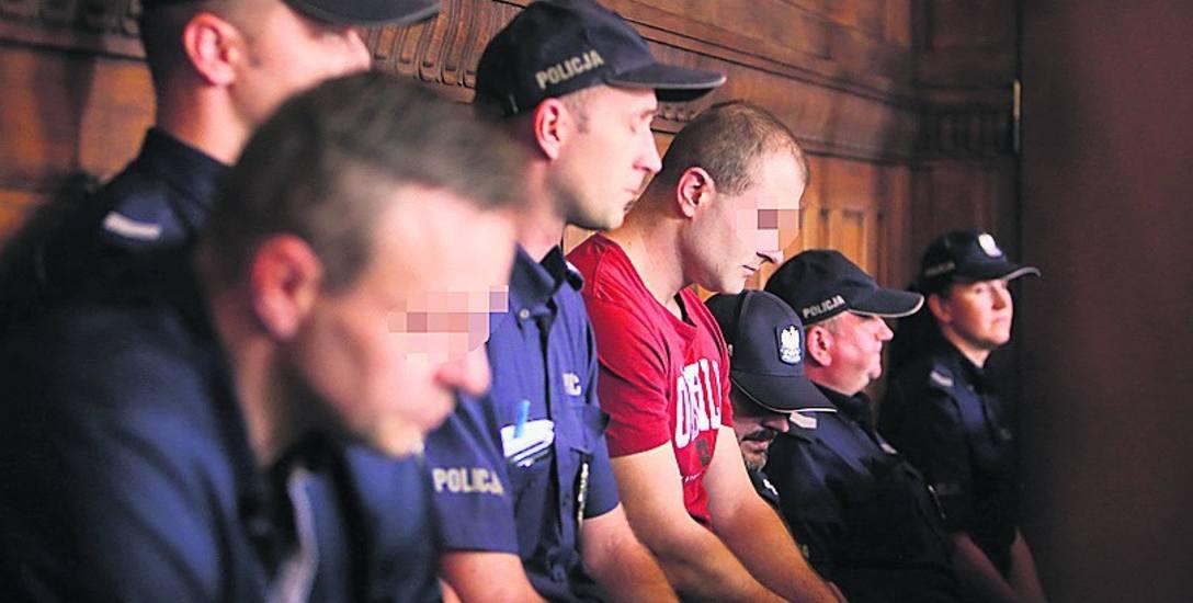 Ruszył proces w sprawie zbrodni w Mikołowie. Zabił, a później razem z kolegą zacierał ślady?