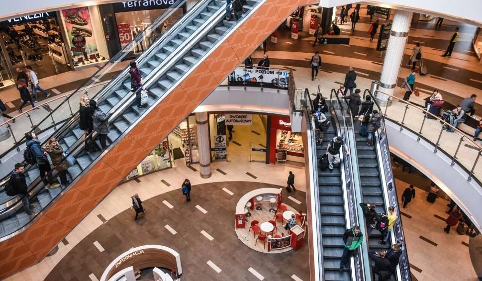 Film do artykułu: NIEDZIELE BEZ HANDLU - WRZESIEŃ 2018. Czy 23 września to niedziela handlowa? Sprawdź, kiedy nie zrobisz zakupów przez zakaz handlu [23.09.]