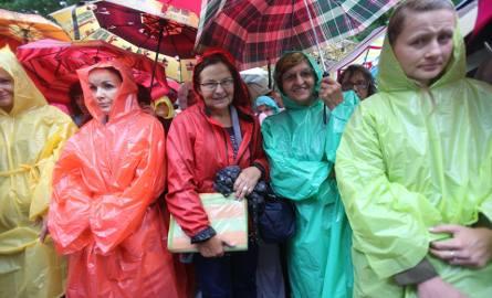 20 sierpnia 2017 tysiące kobiet i dziewcząt modliło się wspólnie podczas pielgrzymki w Piekarach Śląskich
