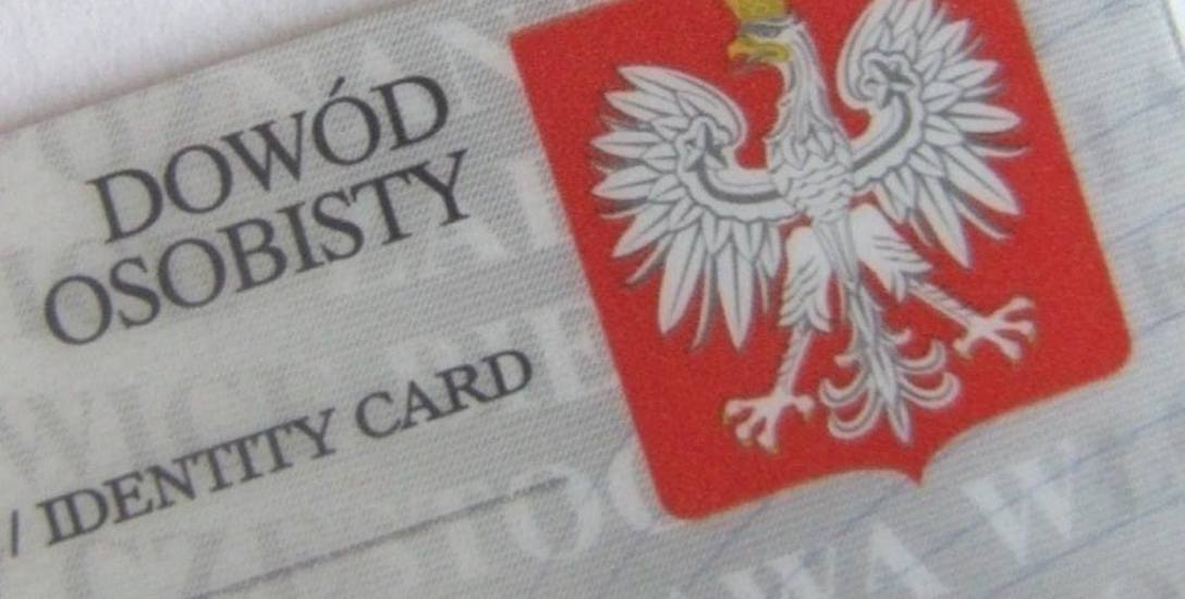 Polacy zapominają o wymianie dowodu osobistego. Teraz będzie ważny przez 10 lat