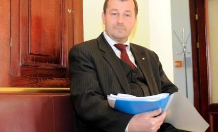 Na wczorajszej sesji bydgoskiej rady miasta radny Dzakanowski w pewnym momencie wezwał policjantów.